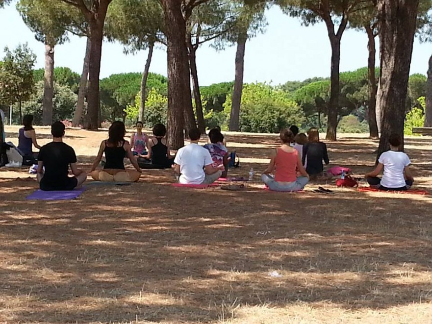 yoga villa pamphili